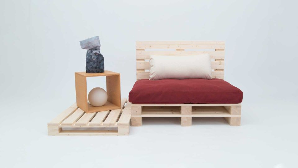 Bed elements Pallet; Material limewood untreated; 4 pack|Sitting area made of pallets