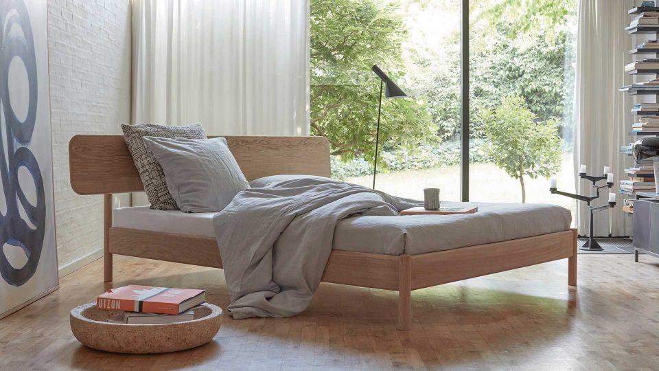 Bed Alken - exclusive solid oak bed
