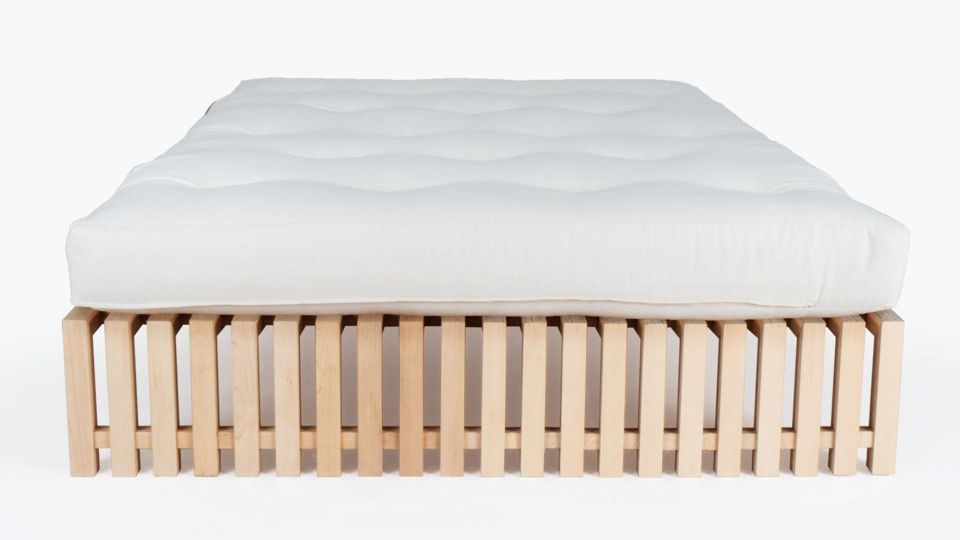 Bed Designeo - available in many sizes and lengths