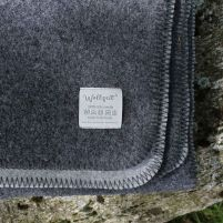 The local ... woolen blanket anthracite / light gray